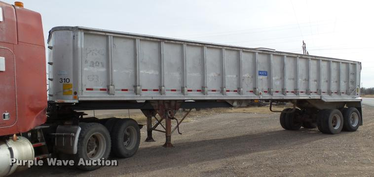 1991 Mate end dump trailer