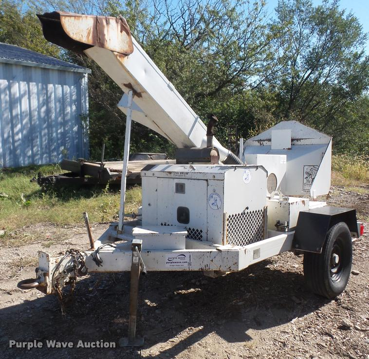Bandit 1290 wood chipper