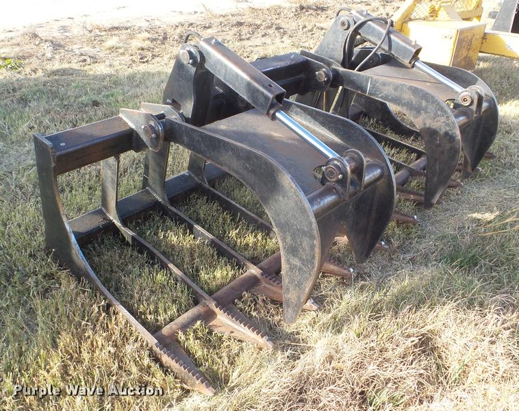 2012 skid steer grapple bucket