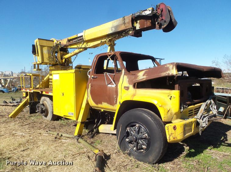 1985 Chevrolet Kodiak 70 bucket truck