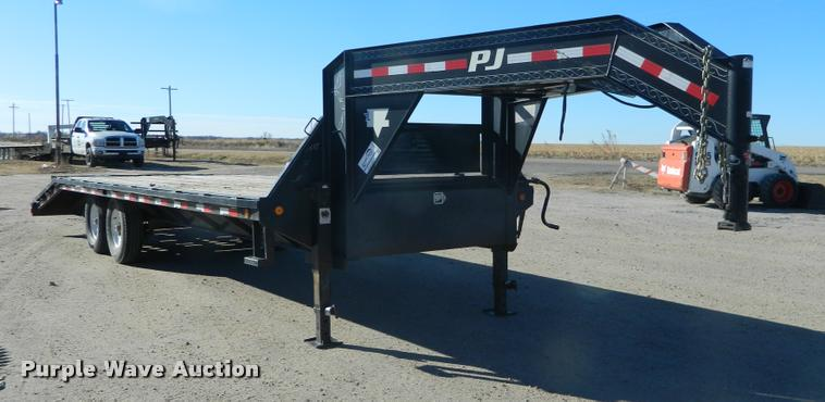 2009 PJ equipment trailer