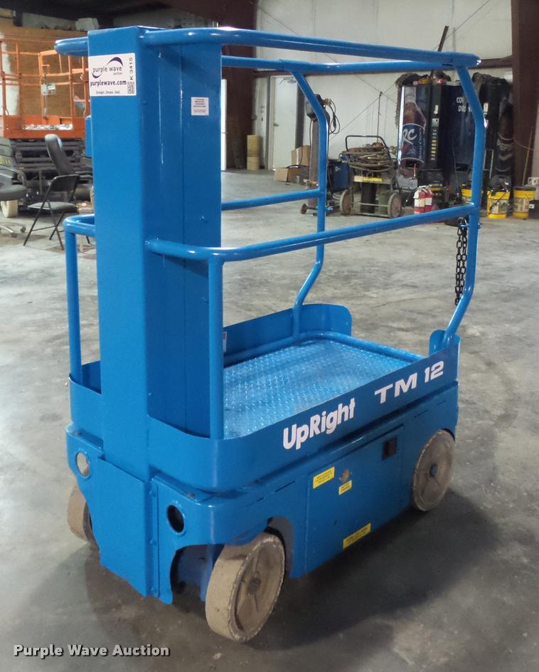 Up Right TM12 scissor lift