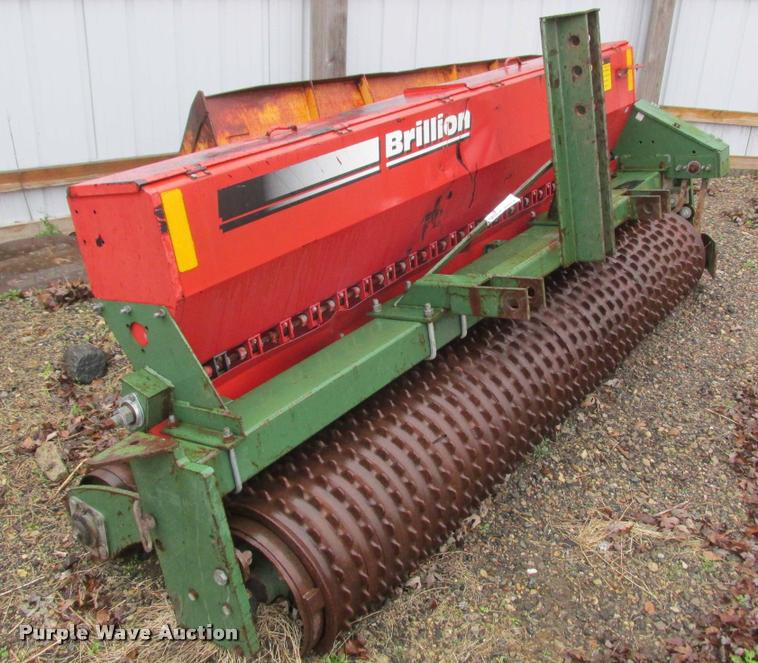 Brillion Turf Maker SL8 seeder