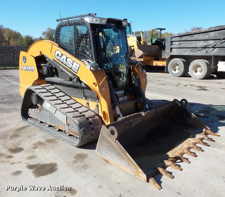 2014 Case TV380 skid steer