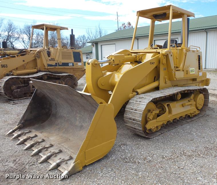 1984 Caterpillar 953 track loader
