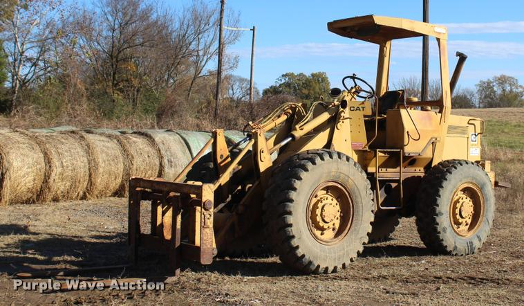 1981 Caterpillar 910 wheel loader