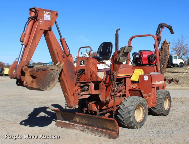 1993 Ditch Witch 5110DD trencher