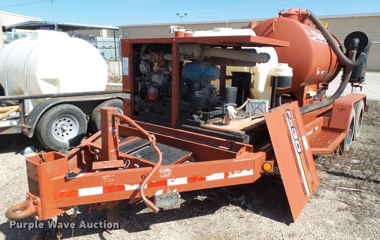 2008 Ditch Witch FX30 vacuum trailer