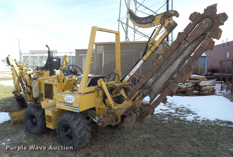 Construction Equipment Auction In Cawker City  Kansas By