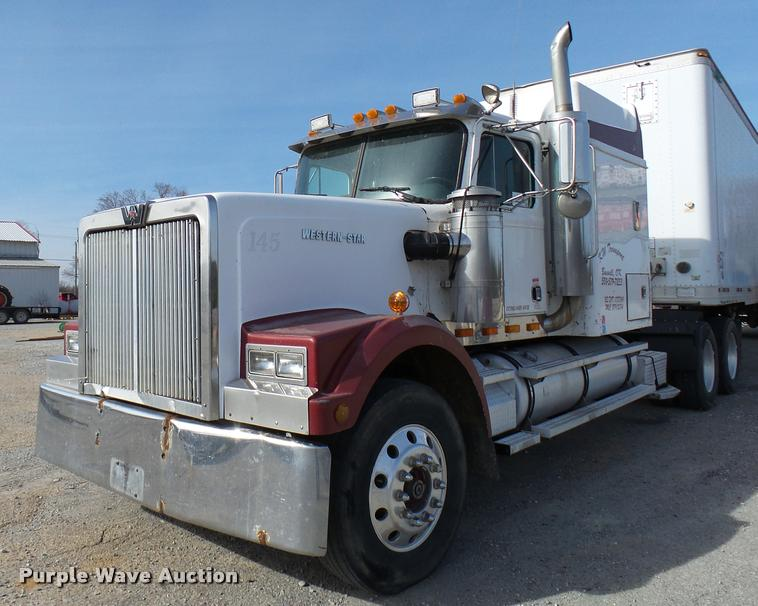 Truck And Trailer Auction In Portales New Mexico By