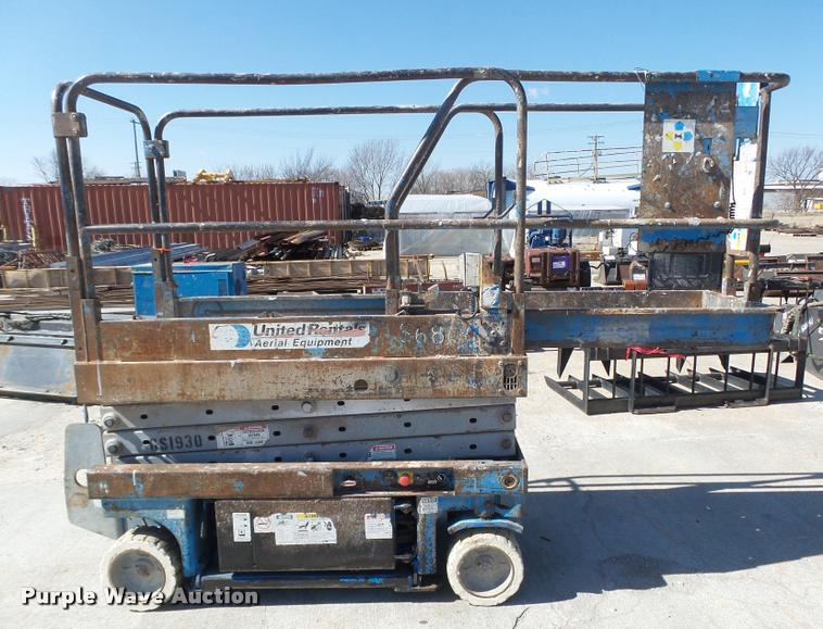 manual genie lift for sale