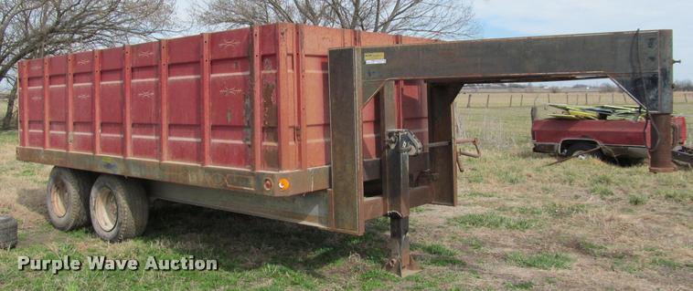 Ag Equipment Auction In Alta Vista Kansas By Purple Wave