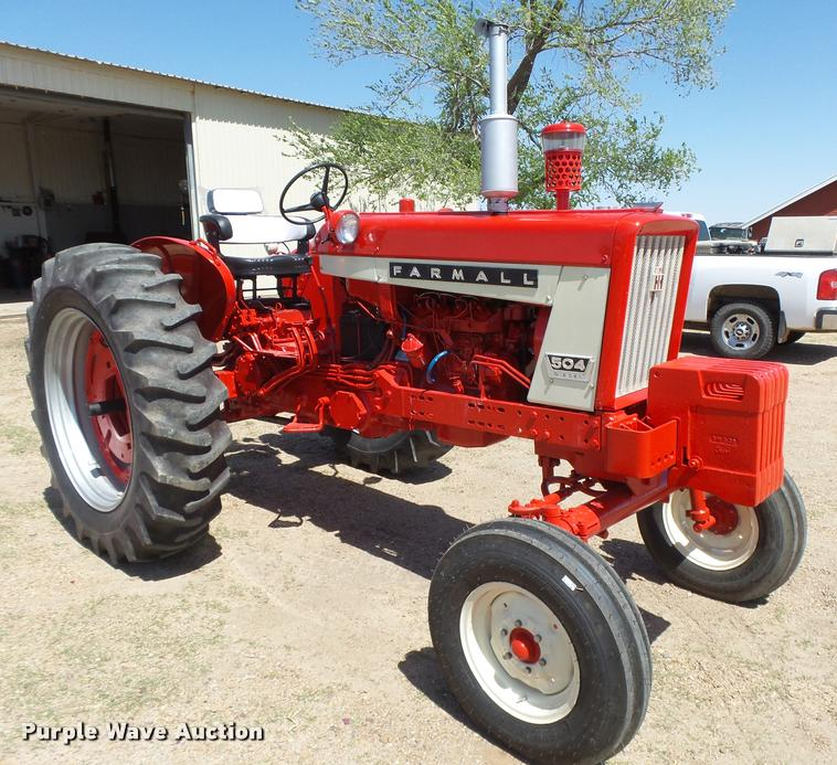 Farmall 504 Tractor 3 Point Lift Arms : Ag equipment auction in dighton kansas by purple wave