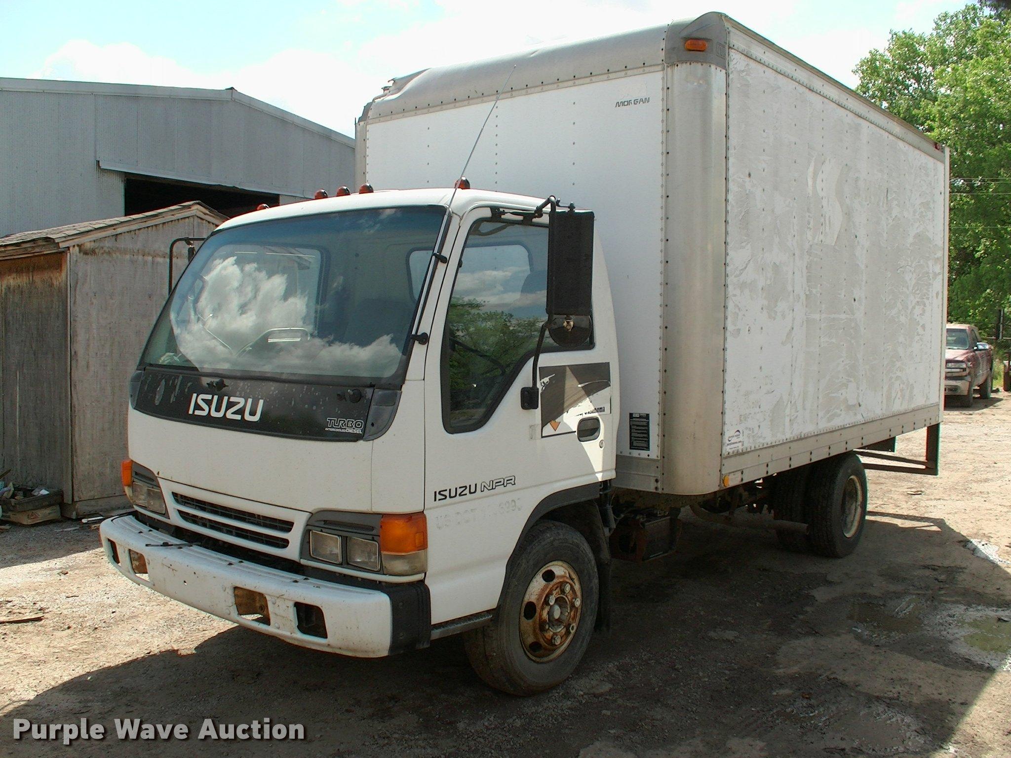 L3091 Image For Item L3091 1997 Isuzu NPR Box Truck