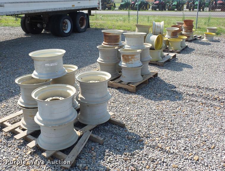 (5) pallets of wheels