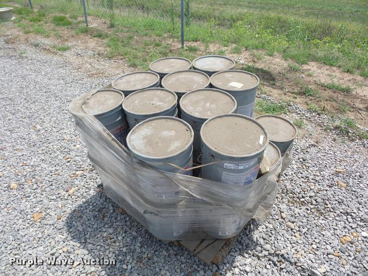 Approximately 22 five gallon buckets of Majic Industrial aluminum paint