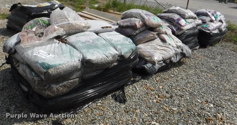 (2) pallets of lava rock