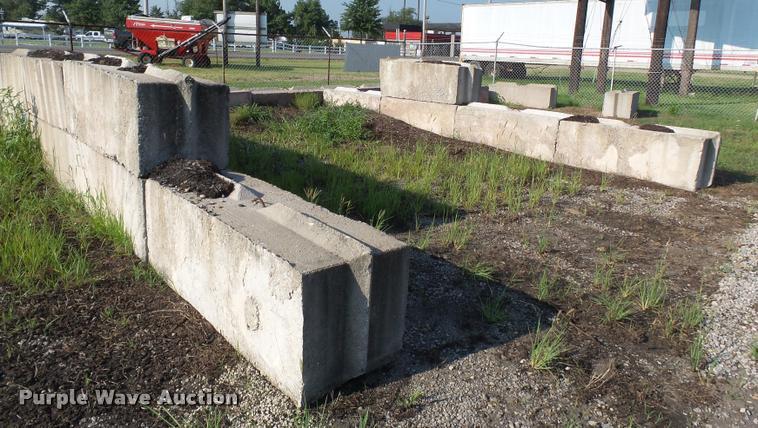 (24) bunker blocks