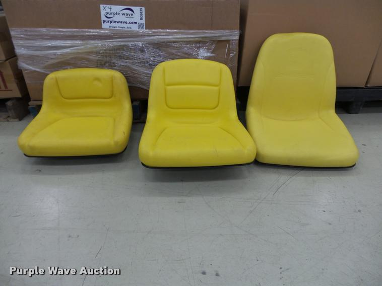 Approx. 34 lawn mower seats
