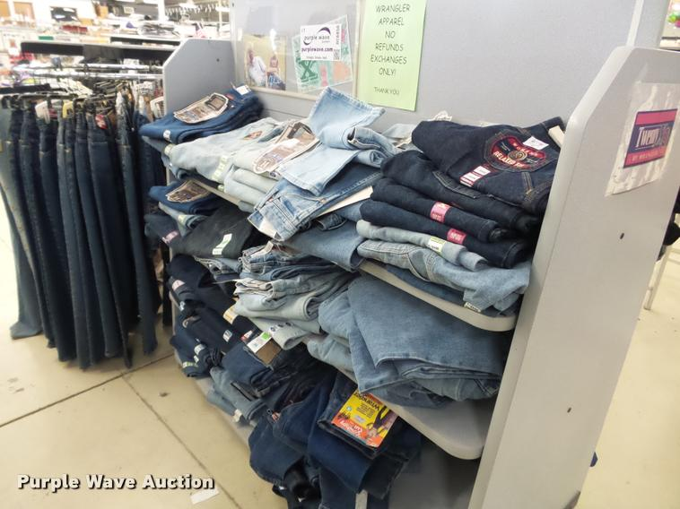 Approx 208 pair of womens jeans