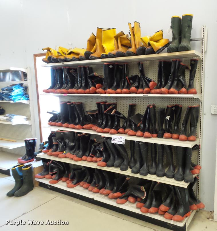 Approx 82 pairs of rubber boots