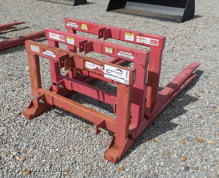 (3) Lowery pallet/hay forks