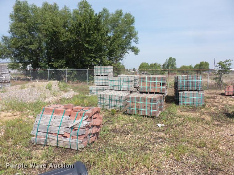 Approximately 35 pallets of landscape blocks
