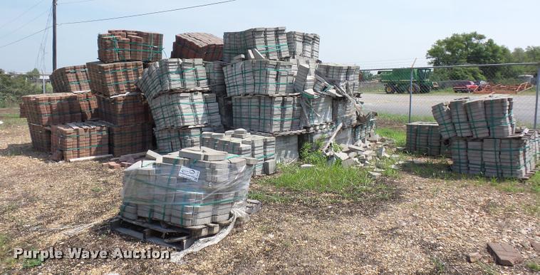 Approximately 80 pallets of landscape blocks