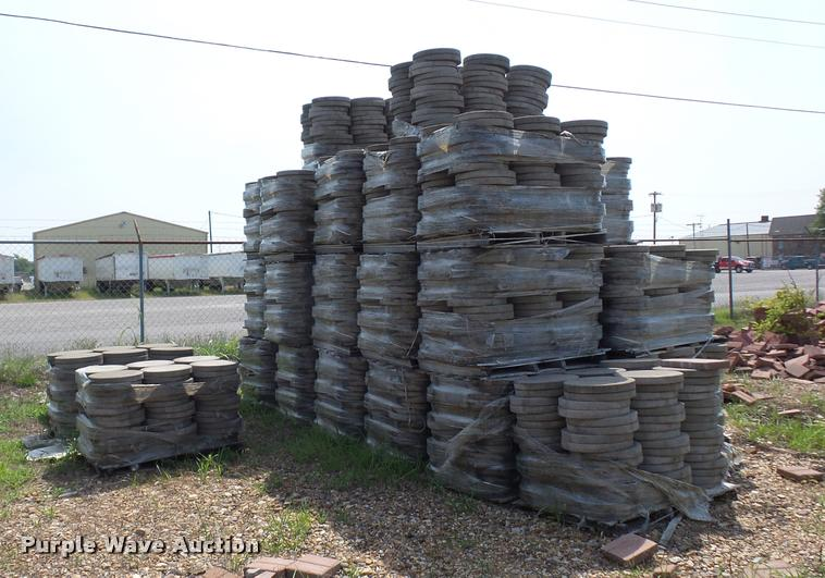 Approximately 35 pallets of circle stepping stones