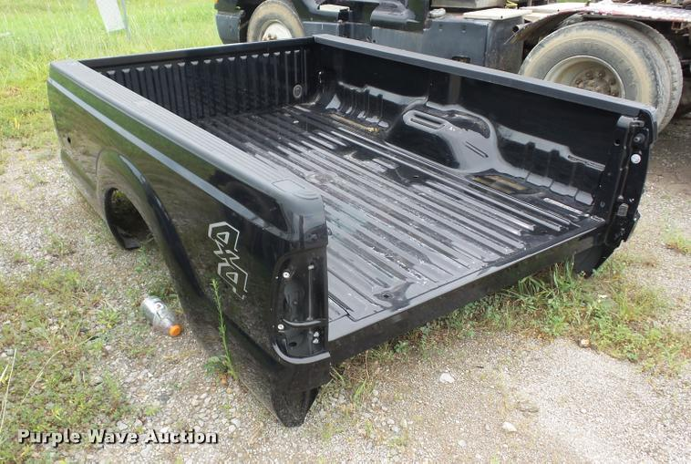 2015 Ford F250 pickup truck bed