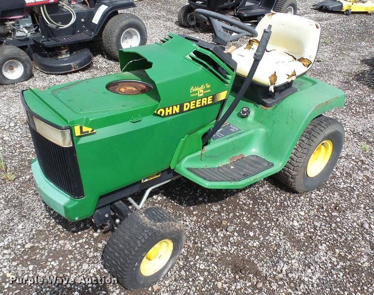 1991 John Deere LX186 lawn mower