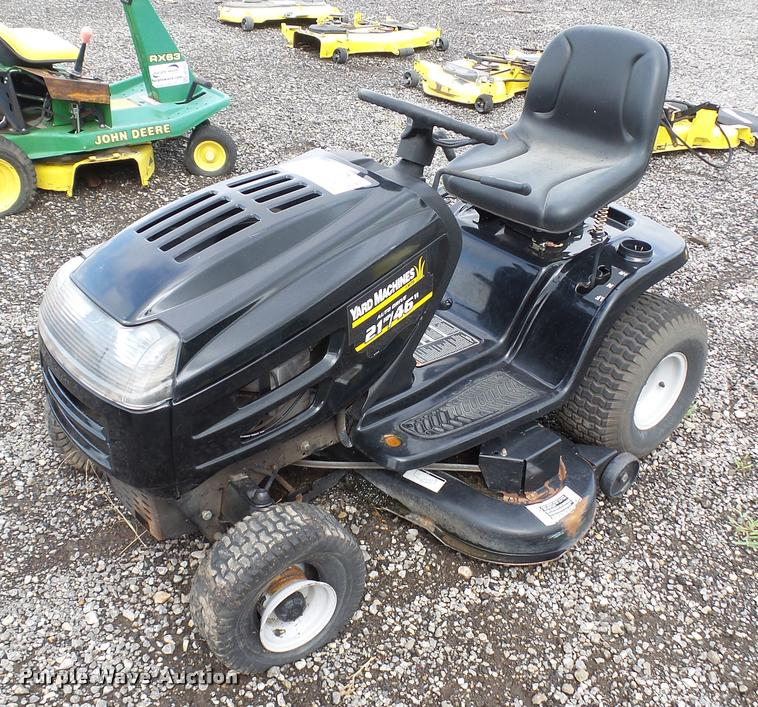 Yard Machines 13AQ608H729 lawn mower