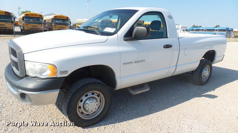 2004 Dodge Ram 2500 pickup truck