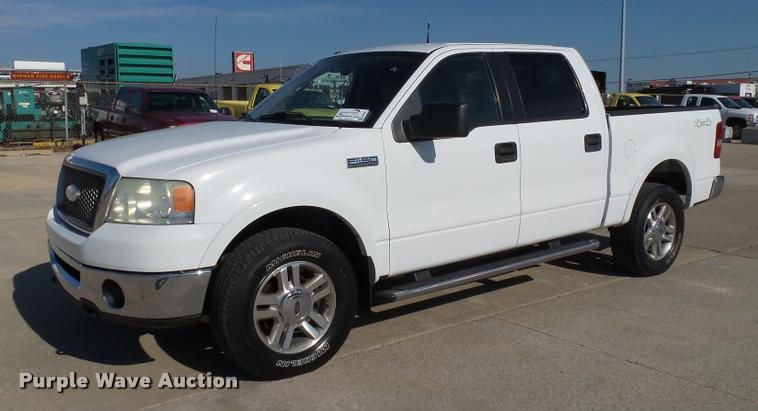 2006 Ford F150 Lariat SuperCrew pickup truck