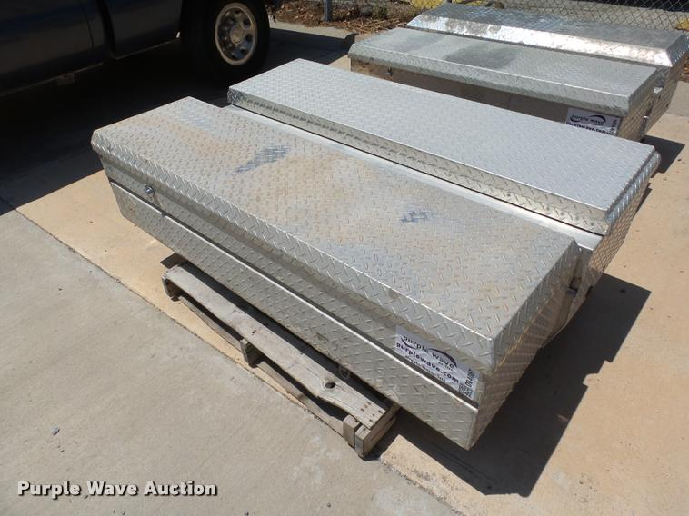 (2) aluminum diamond-late toolboxes
