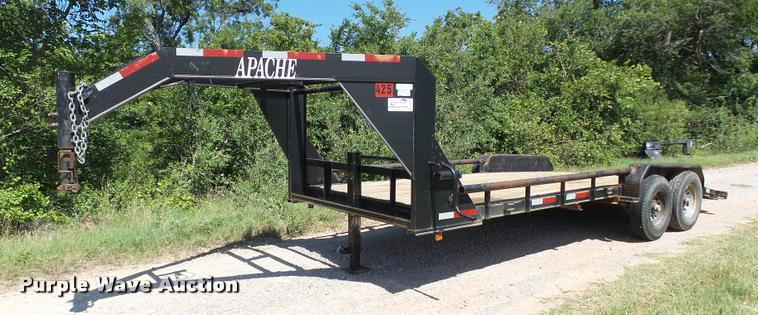 2009 Apache equipment trailer