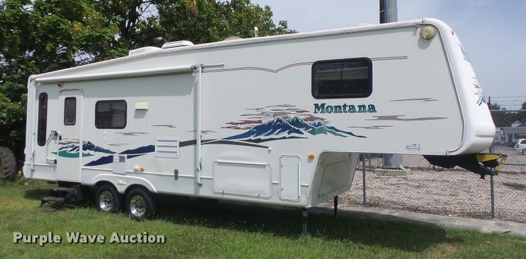 2003 Montana camper