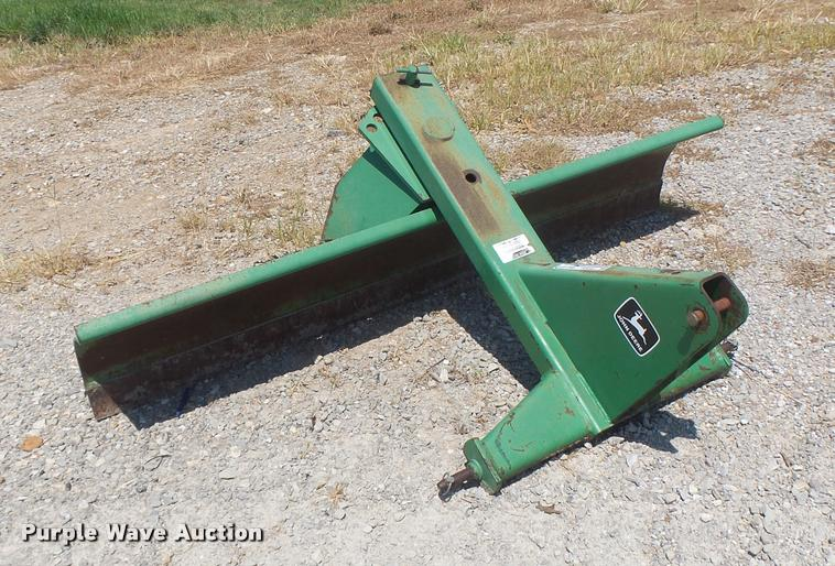 John Deere blade