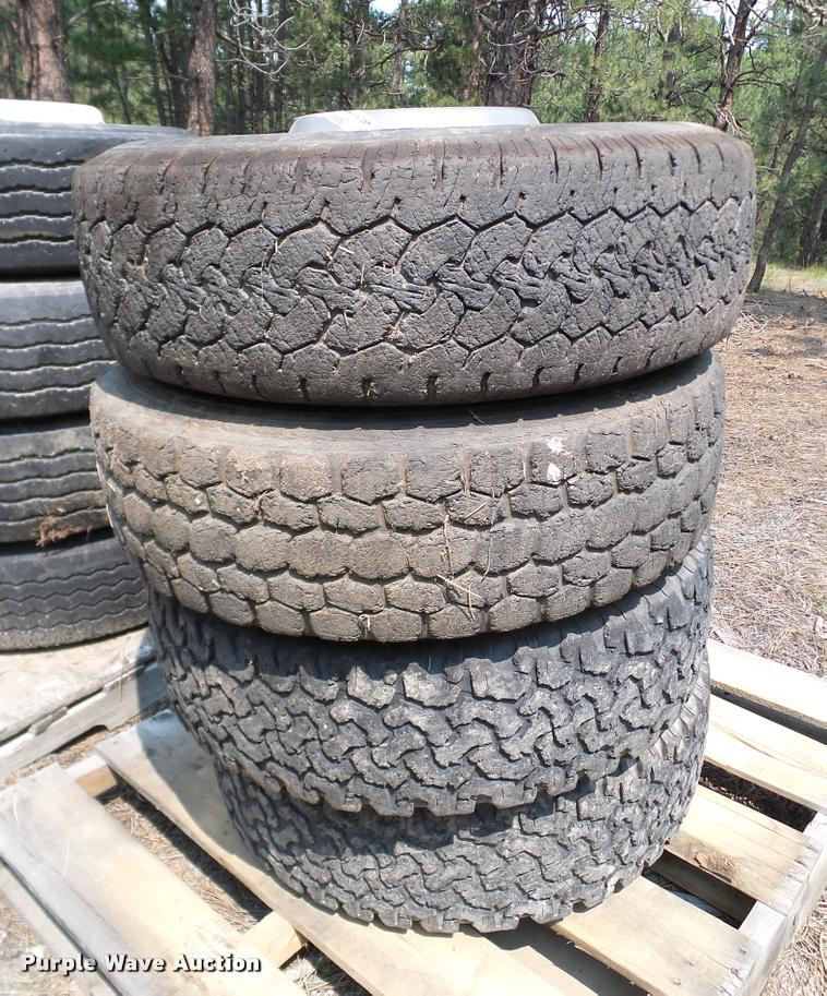 245/75R17 tires