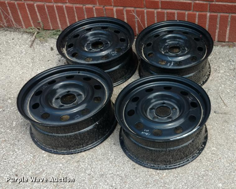 (4) Ford Crown Victoria steel wheels