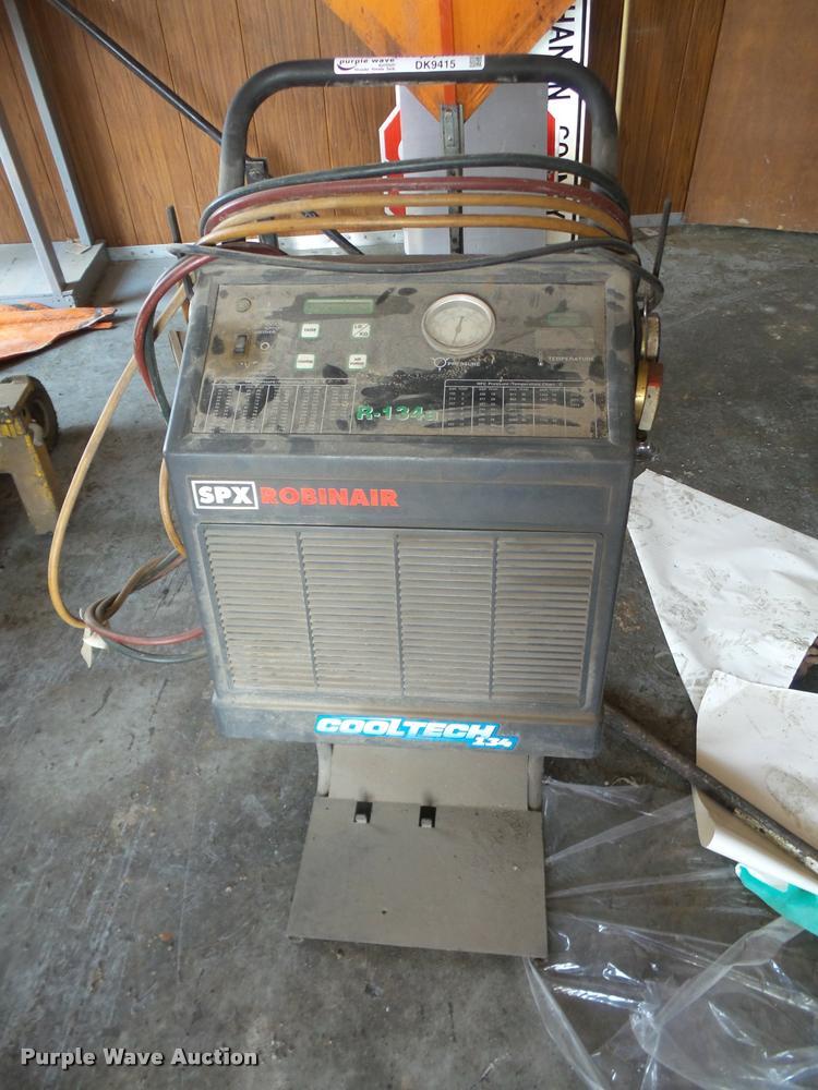 Robinair SPX Cooltech 134 AC unit