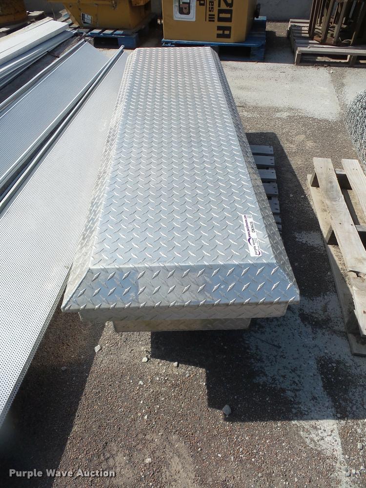 Aluminum tread plate toolbox