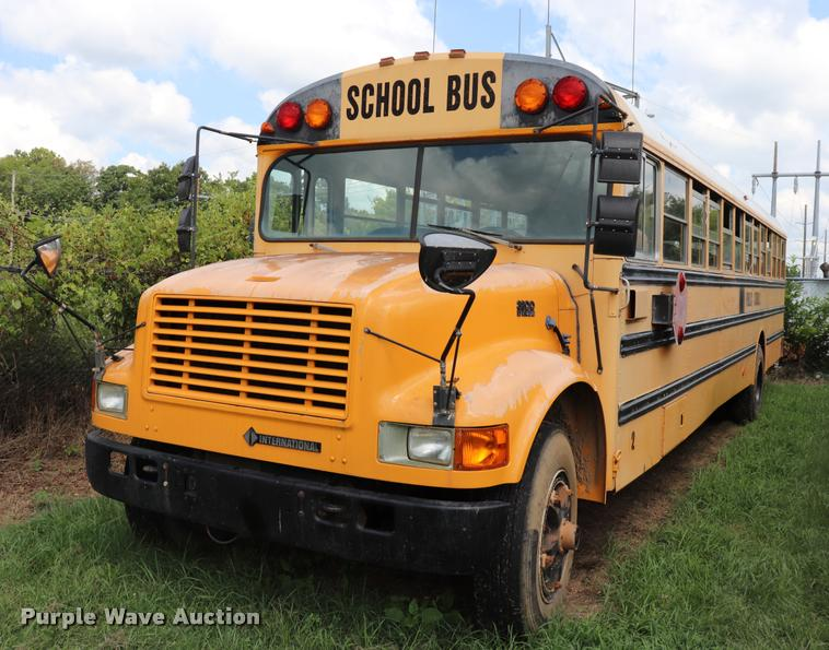 1996 International 3800 school bus