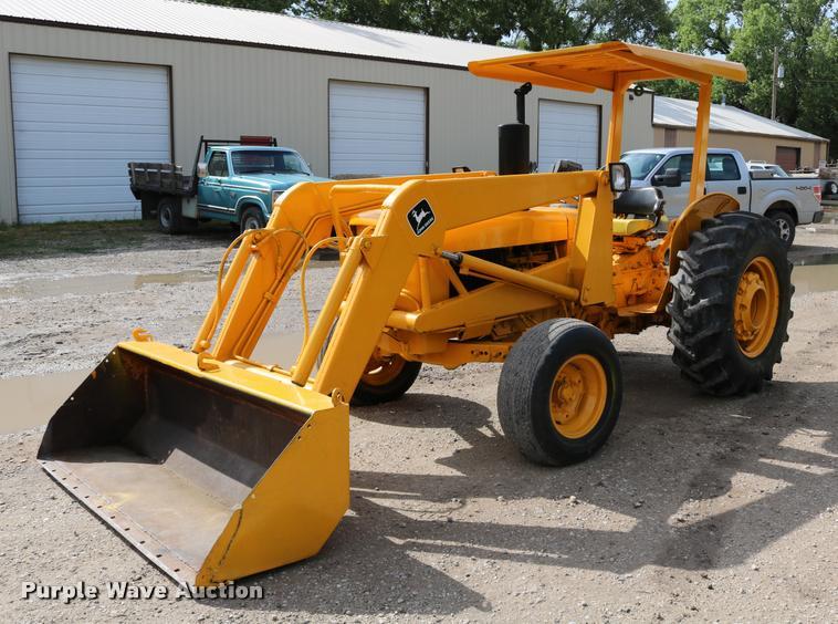1974 John Deere JD301 tractor