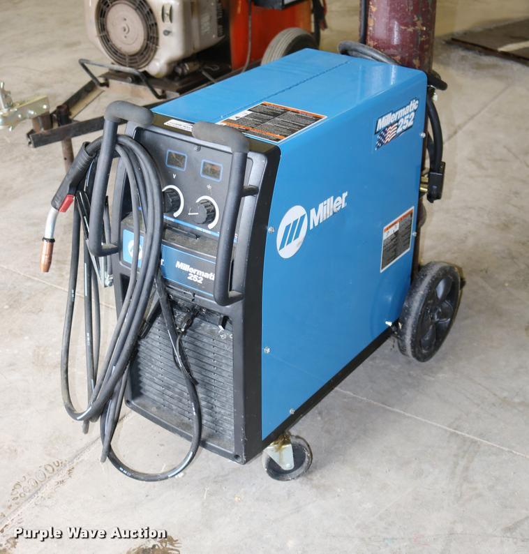Miller Millermatic 252 welder