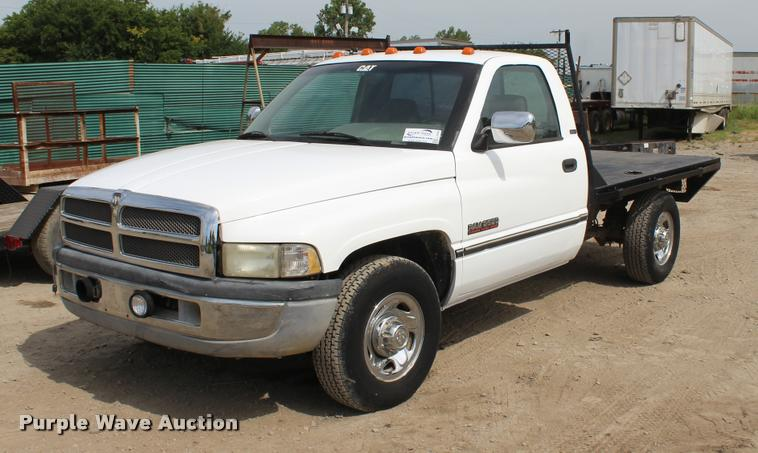 1994 Dodge Ram 2500 flatbed pickup truck
