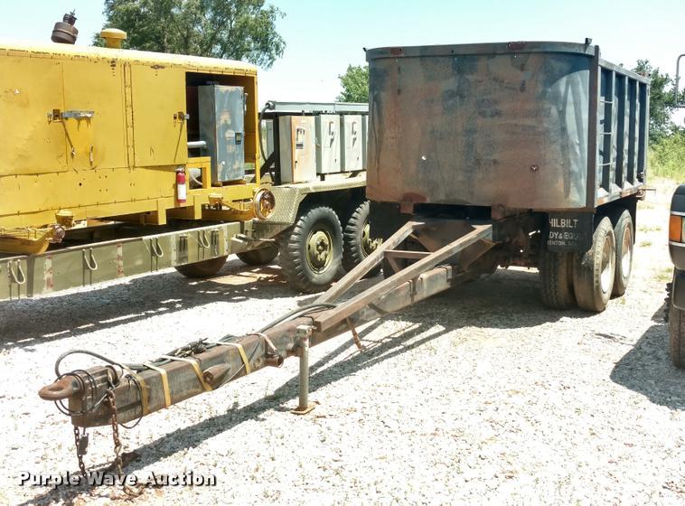 1983 Hilbilt end dump trailer