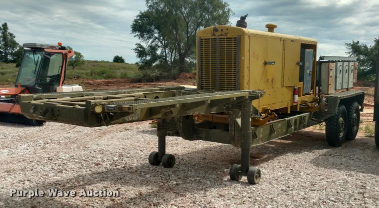 Drop deck generator trailer