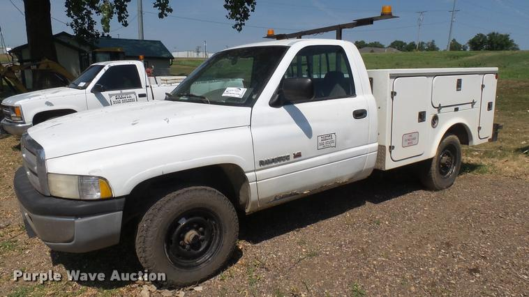 1996 Dodge Ram 2500 utility bed pickup truck