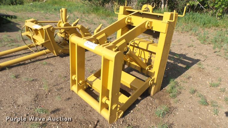 Caterpillar front mounted lift group